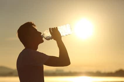 Boire de l'eau en cas de forte chaleur.